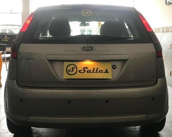 Ford Fiesta Com Gnv Muito Novo - Foto 6