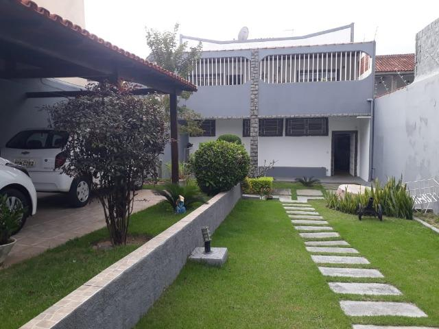 Jacaraipe (Ótima residencia + salão para empresa )