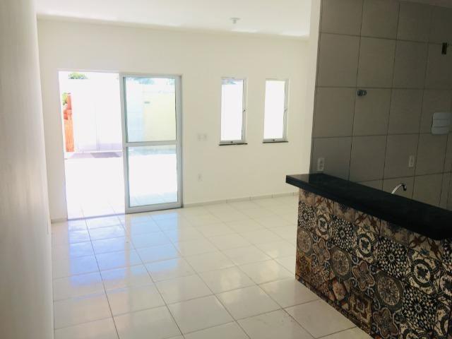 Linda casa com documentação gratis : 2 quartos , 2 banheiros , 2 vagas de garagem - Foto 7