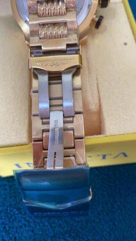Relógio Invicta Speedway Tritnite Fundo Azul a prova d'água - Foto 2