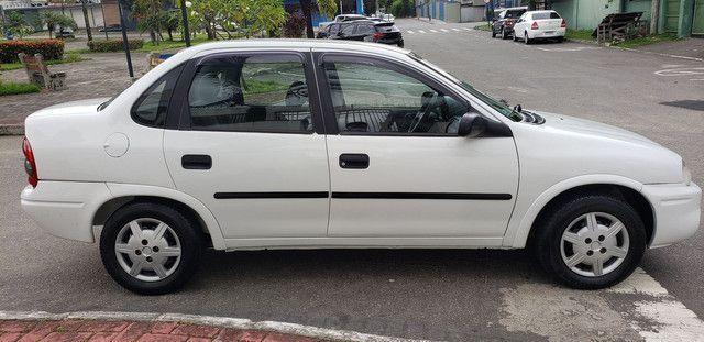 Chevrolet Corsa classic 1.0 completo vendo troco e financio R$ 18.900,00 - Foto 3
