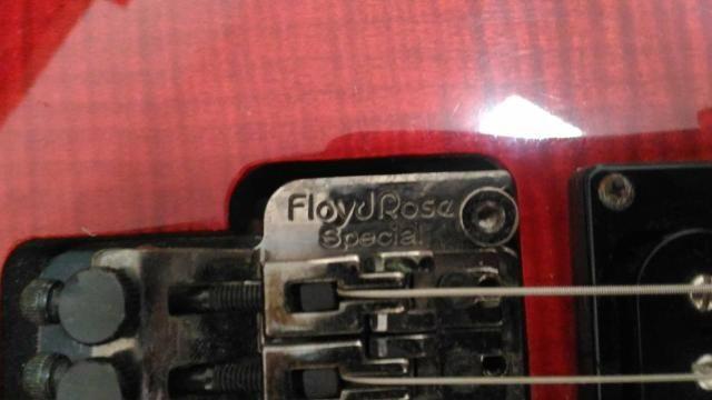 Guitarra Dean com ponte Floyd Rose - Foto 4