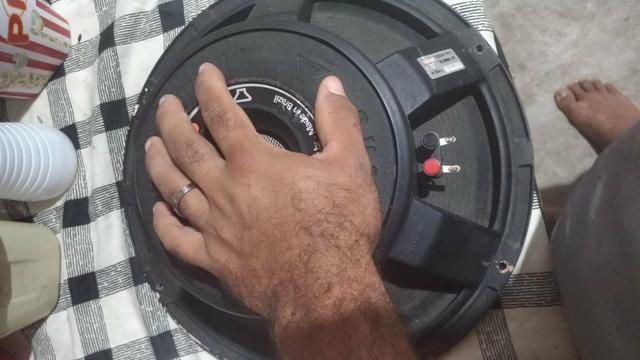 Vendo alto falante de 15 1200 whats 600 rms 8 ohms - Foto 2
