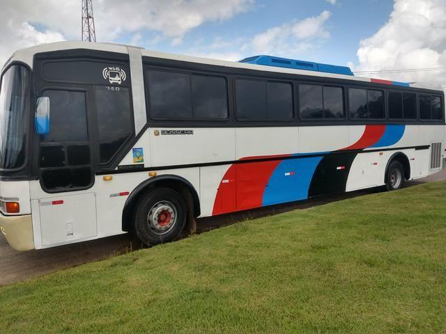 Ônibus rodoviário com ar condicionado - Foto 6