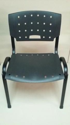 Cadeira plastica [Novas] Garantia 01 ano - Foto 3