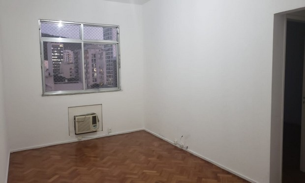 Apartamento de 02 quartos para alugar em Botafogo