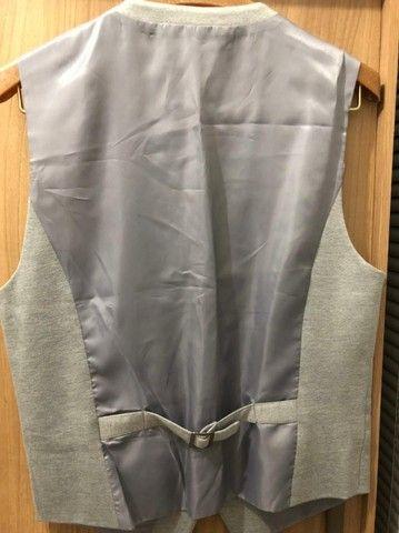 Vendo este colete casual cinza (NOVO)  - Foto 2
