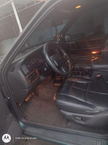 Vendo Carro GCherokee Limited  5.2 4X4 com GNV - Foto 6