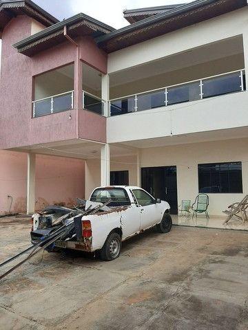 Vende-se esse belo sobrado localizado no bairro Paraíso - Foto 2