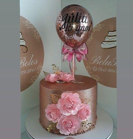 Comemore  uma ocasião ou presenteie alguém querido com esses lindos bolos temáticos