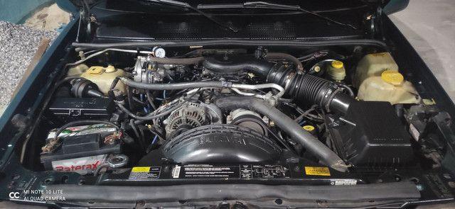 Vendo Carro GCherokee Limited  5.2 4X4 com GNV - Foto 3