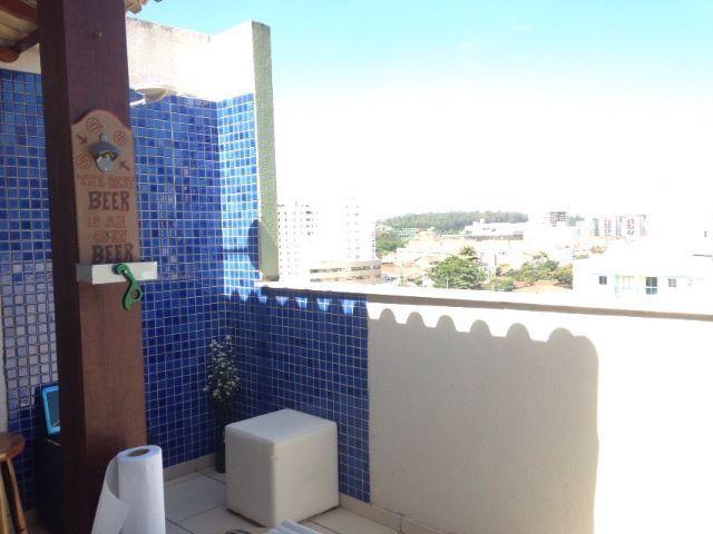 Cobertura Duplex 02 quartos e 02 garagens em Jardim Camburi