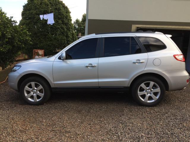 Beautiful Hyundai Santa Fe 2010