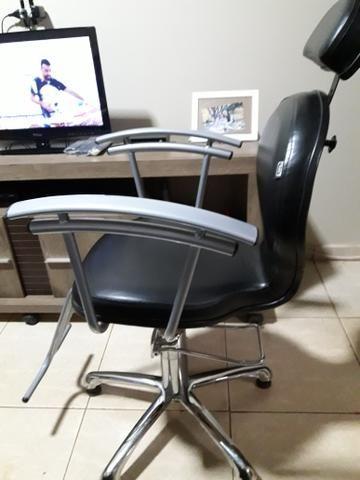 Cadeira de cabelereiro hidráulica 500.00