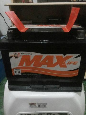 Bateria de Carro (MAX LIFE)