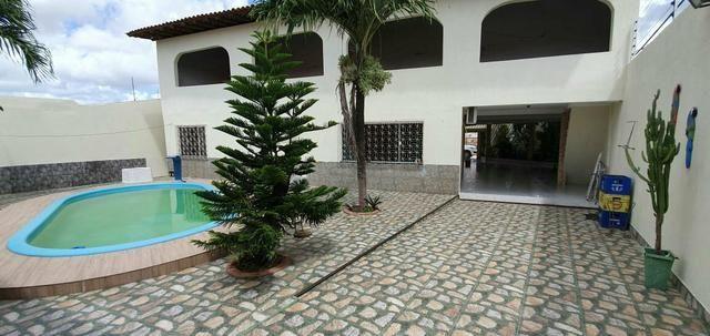 Alugo Excelente casa com piscina no Cohatrac - Foto 16
