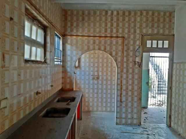 [ A835 ]Casa com 2 Pavimentos. No Espinheiro !! - Foto 17