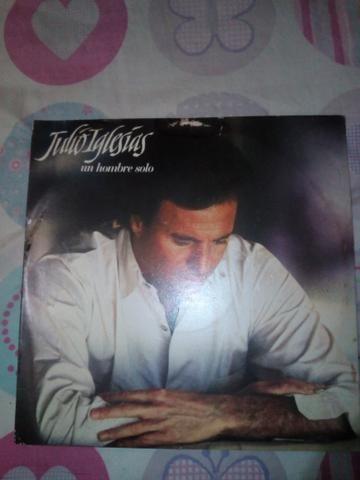 Disco vinil do cantor Júlio Iglesias