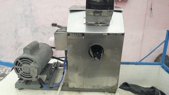 Maquina de moer cana - Foto 2