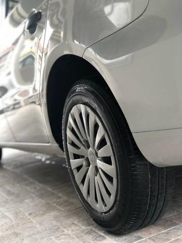 Volkswagen Voyage 2011 1.6 Completo - Foto 10