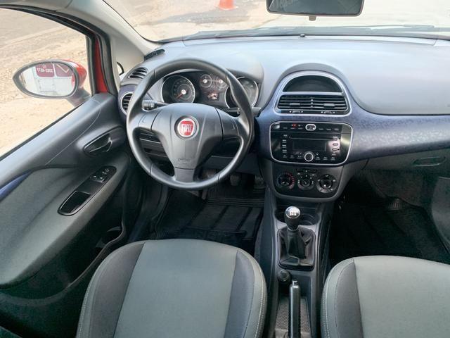 Fiat Punto 1.4 attractive 2015 - Foto 5