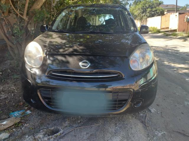 Vendo Nissan march 2012
