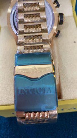 Relógio Invicta Speedway Tritnite Fundo Azul a prova d'água - Foto 5