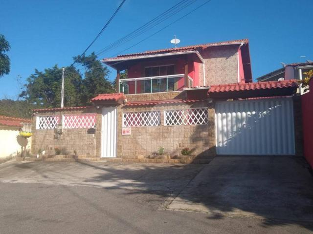 Casa com 3 dormitórios à venda, 272 m² por R$ 690.000 - Centro - Maricá/RJ