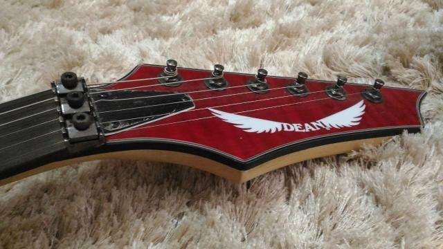 Guitarra Dean com ponte Floyd Rose - Foto 5