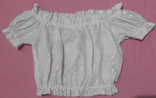 Blusa branca c/ elástico