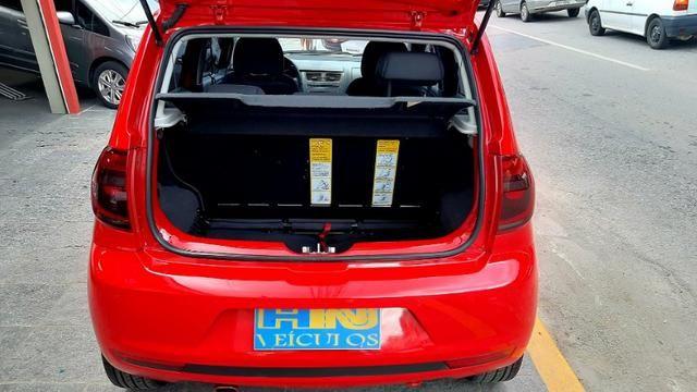 Vw fox GII highline motor 1.6 8v flex 4p vermelho 2014 raridade top - Foto 6