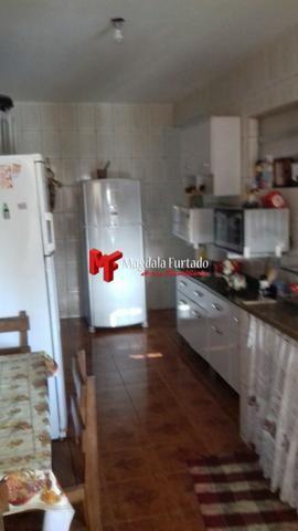 4036 - Casa área externa gramada, 4 quartos para sua moradia em Unamar - Foto 10