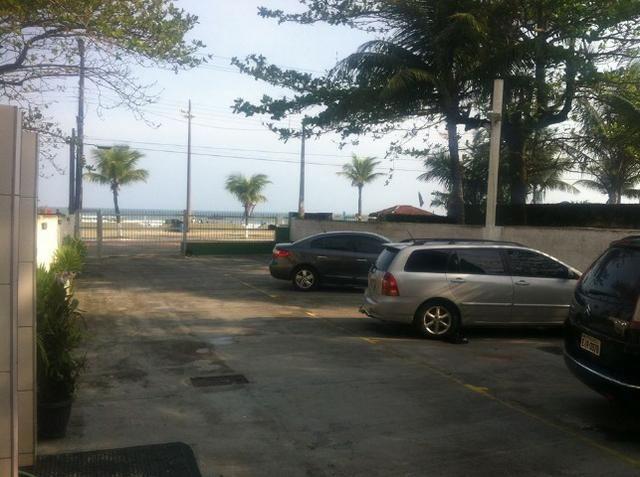 Apartamento Mongaguá - Em frente a Praia - Pé na areia - Foto 16