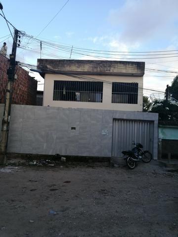 Vendo casa próximo a av José Rufino por trás da igreja universal
