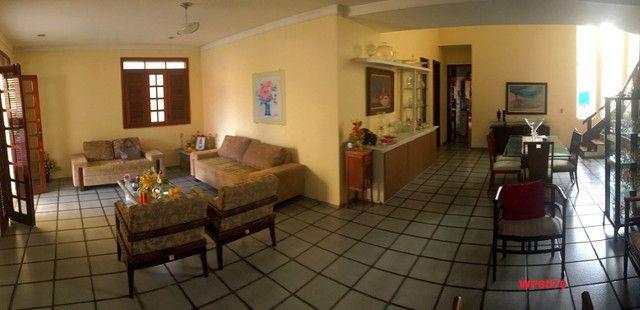 Casa duplex com 4 quartos, 8 vagas de garagem, próximo Washington Soares - Foto 2