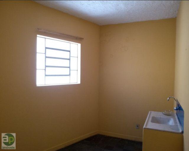 Apartamento com 2 quartos em Centro - Montes Claros - MG AP86 - Foto 4