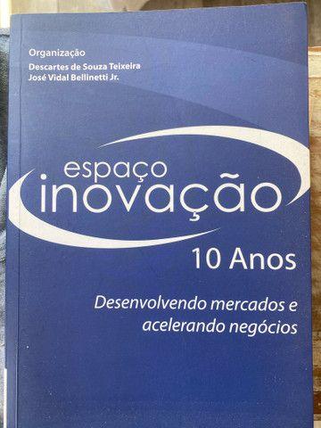 Livro Espaço e Inovação - Descartes de Souza Teixeira