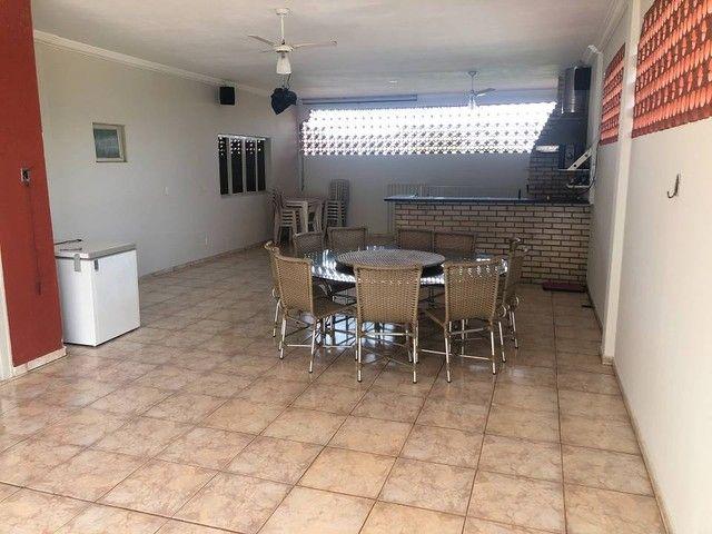 Apartamento grande e bem localizado na Cidade Alta 3 quartos - Foto 2