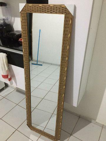 Vendo espelho bem conservado