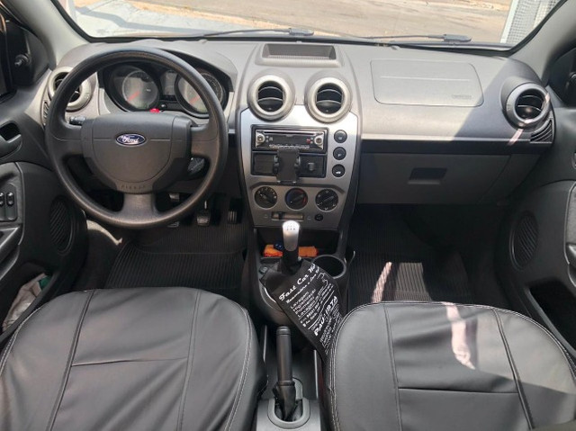 Lindo Ford Fiesta Sedan 1.6 Flex Extremamente Novo - Foto 9