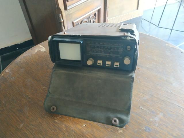 Tv e rádio antigo
