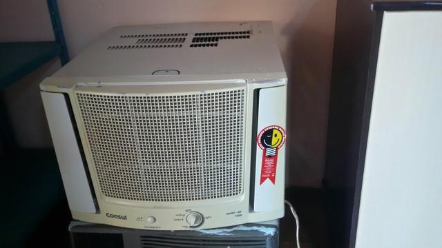 Ar condicionado 7000btus e geladeira