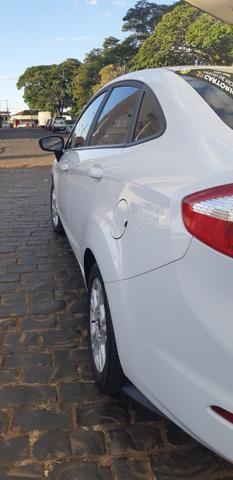 New Fiesta Sedan - Foto 4