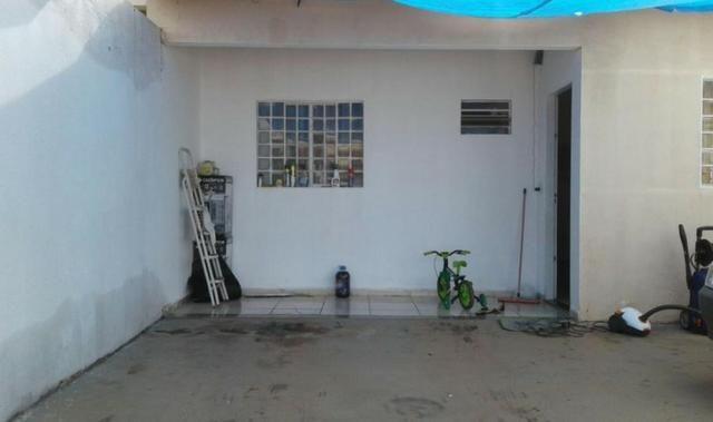 Vendo casa com 3 quartos no Canaã 3 - Foto 2