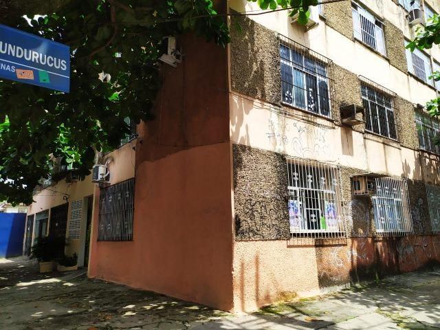 Dr. Vianna Aluga apart. no Edif. Pará - Foto 2