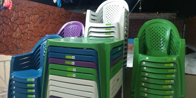 Cadeira plásca