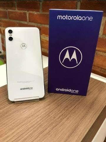 Smartphone Motorola One Branco 4/64GB