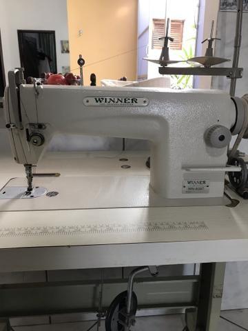 Máquina industrial de costura reta