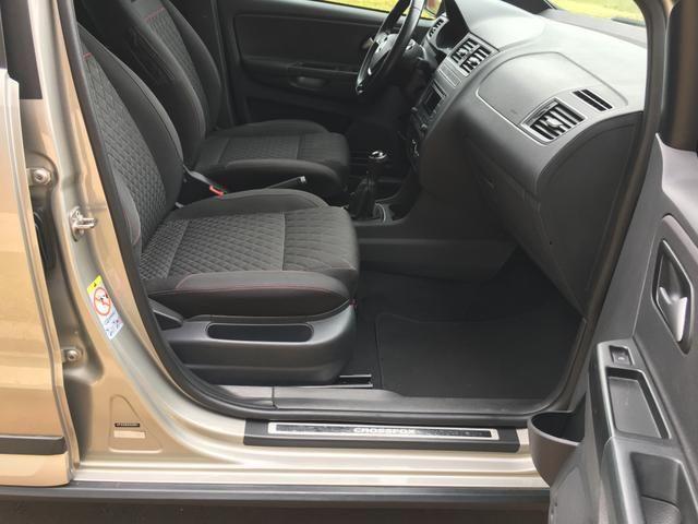 Vendo Volkswagen Crossfox 1.6 2015 Único dono. Aceito trocas de menor valor - Foto 12
