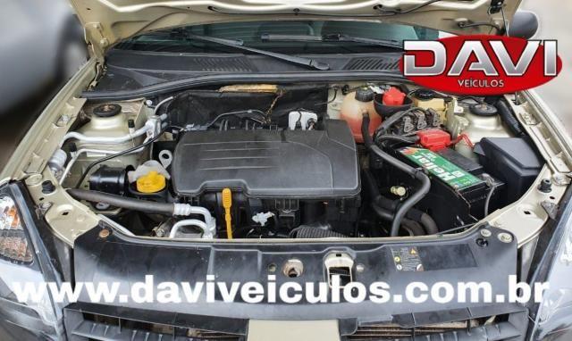 RENAULT CLIO 2011/2011 1.0 16V FLEX 4P MANUAL - Foto 5